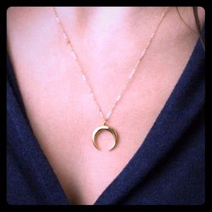 Crescent horn necklace / boho chic/ layering piece
